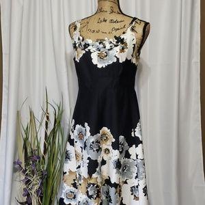 Dressbarn Sheath Floral Sleeveless Dress